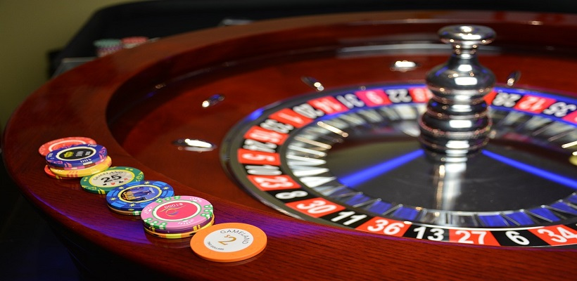 Martingale Strategy in Roulette